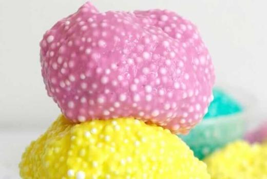 Игрушка с крупноватыми шариками